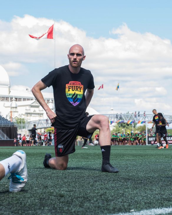 Jeremy Gagnon-Laparé warming up for Ottawa Fury FC.